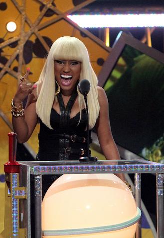 File:Nicki 2 BET hip hop 2010.png