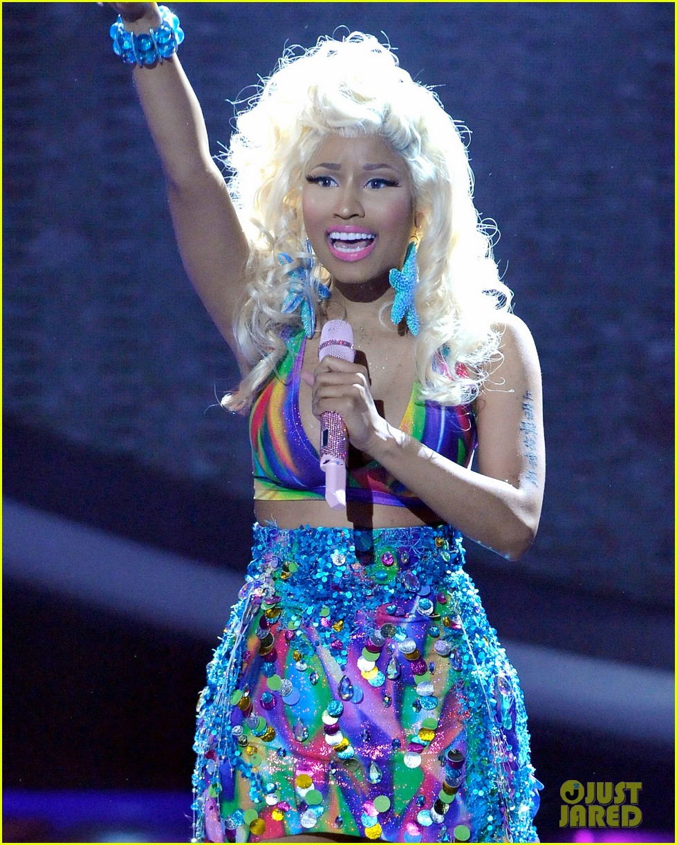 Nicki Minaj Thong American Idol Image - Nicki-Minaj-St...