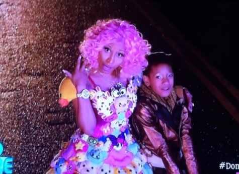 File:Nicki Minaj Willow - Fire Ball.jpg