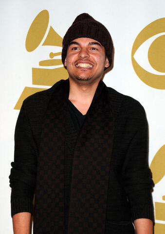 File:Alex da Kid.jpg