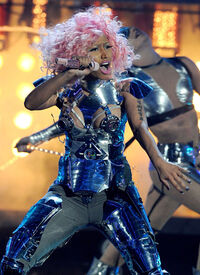 AMA 2011 Nicki Minaj - Super Bass
