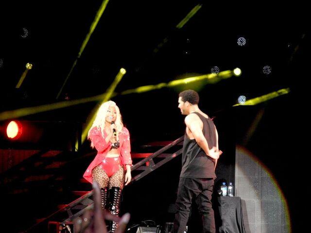 File:Nicki and drake ovo fest 2.jpg