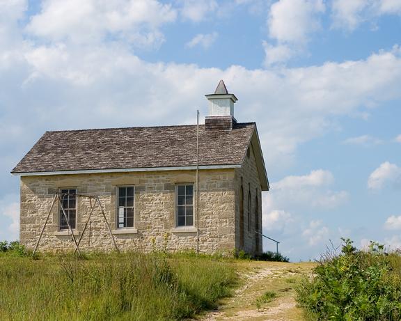 File:Lower Fox Creek School.jpg