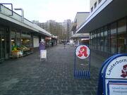 Offenbach-Lauterborn Einkaufspassage.JPG