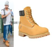 Liam Payne wearing Timberlands