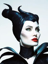 Maleficent-angelina-jolie-maleficent-2014-spoilers-easter-eggs-review