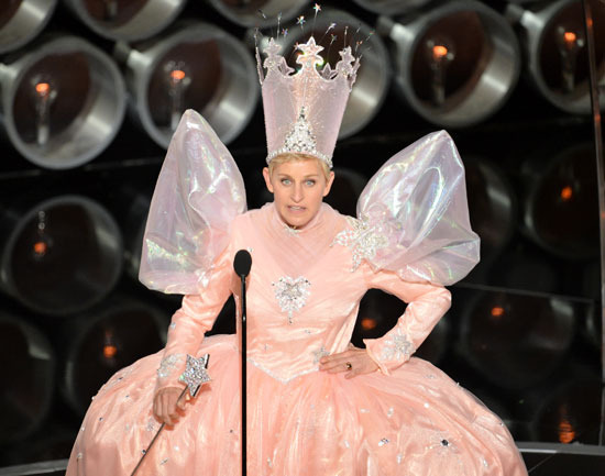 File:11588 content Ellen-Degeneres-Glinda-at-the-Oscars.jpg