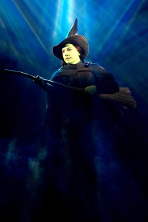 File:Vicki Noon (Elphaba) in the Second National Tour.jpg