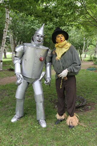 File:Scarecrow tin man.jpg