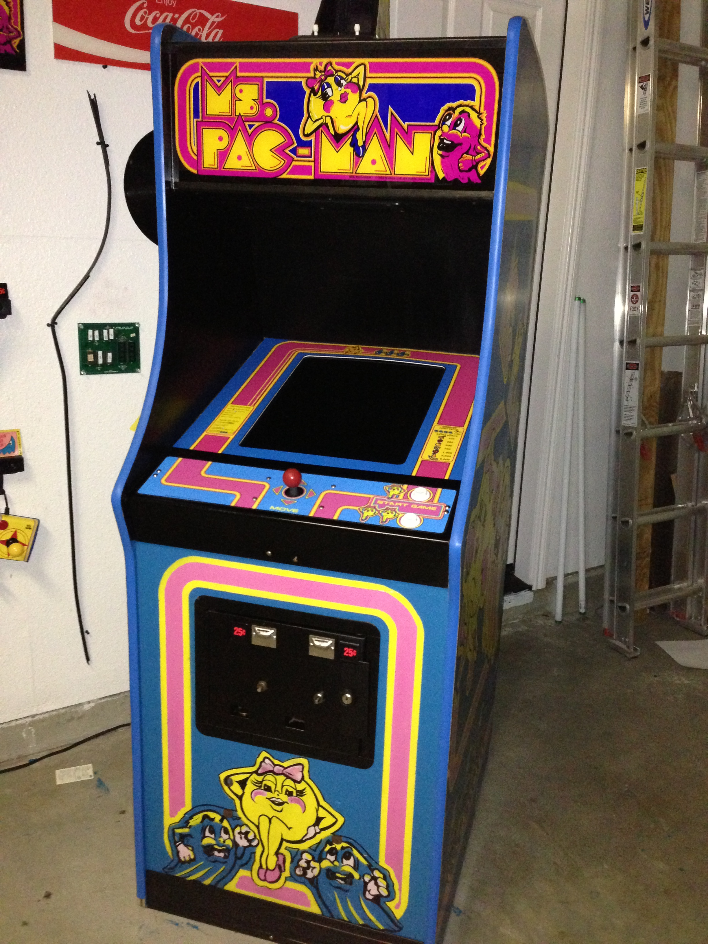 Ms Pacman Cabinet Ms Pac Man Game Pac Man Wiki Fandom Powered By Wikia