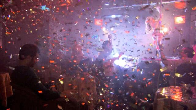 File:Glitter Factory 4.jpg