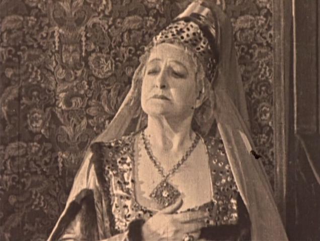 File:Madame de Gondelaurier.png