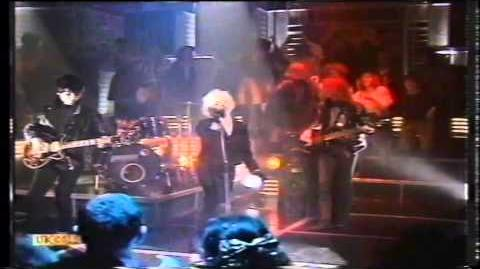 The Primitives - Crash (Top Of The Pops 1988)
