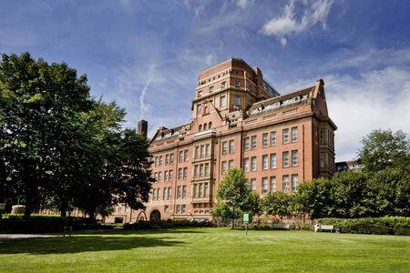 University-of-manchester-1