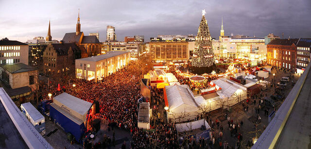 File:Dortmund at Christmas.jpg