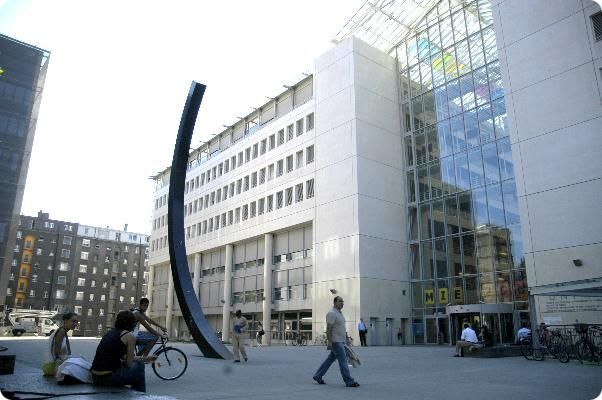 File:University of Geneva.jpg