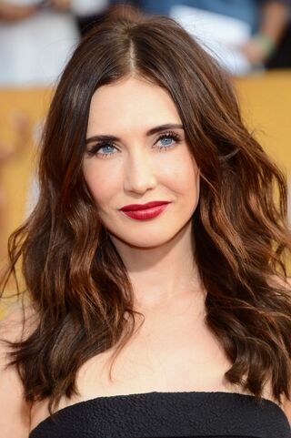Carice-van-houten-2014-sag-awards-in-los-angeles 1