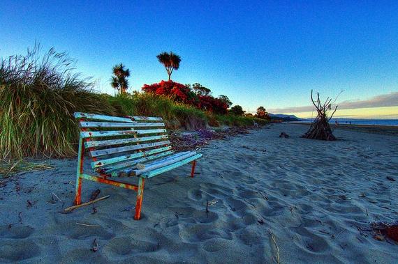 File:Golden-Bay-Beach.jpg