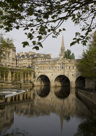 File:Pulteney Bridge.jpg