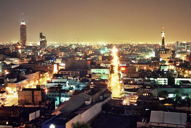 File:México City at Night 2005.jpg