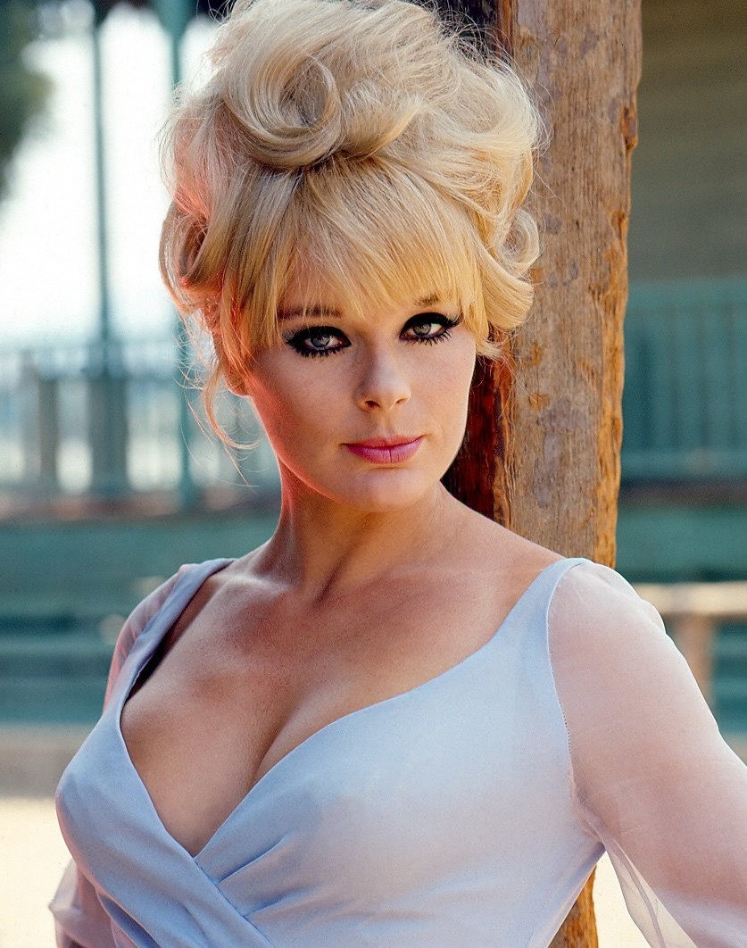 elke sommer today