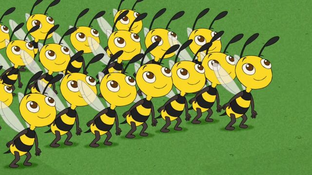 File:Bees ready to dance.JPG