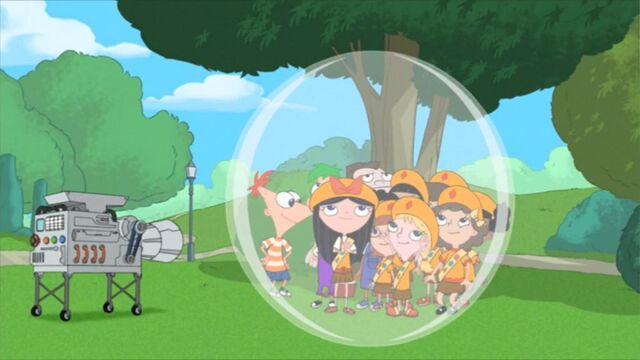 Tập tin:KidsGetInBubble.jpg