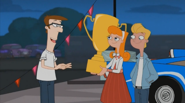 File:Candace holding trophy.png