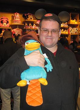 File:Mobo85 and Agent P.JPG