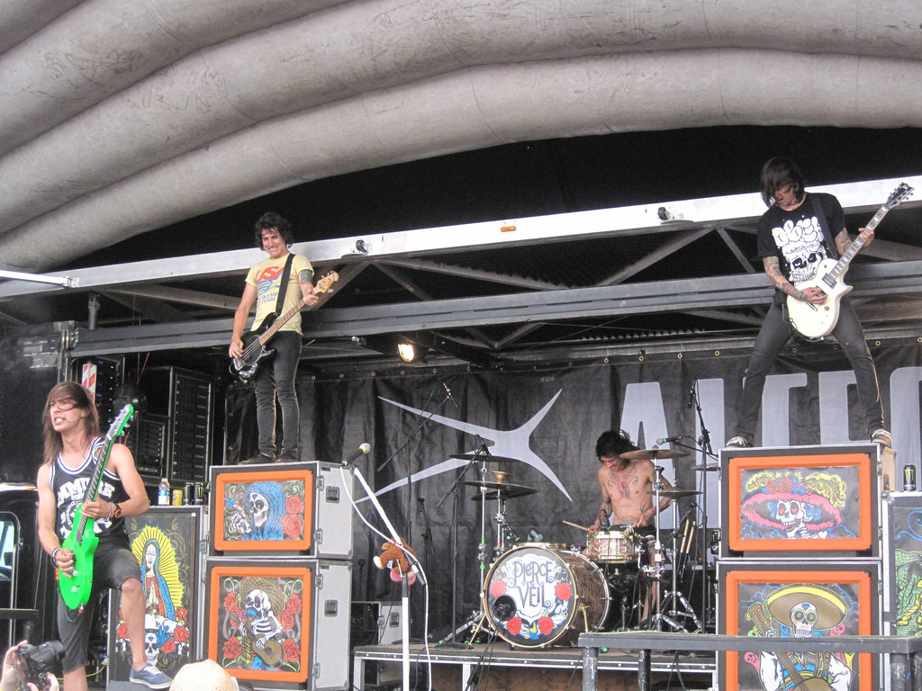 Pierce The Veil 2007