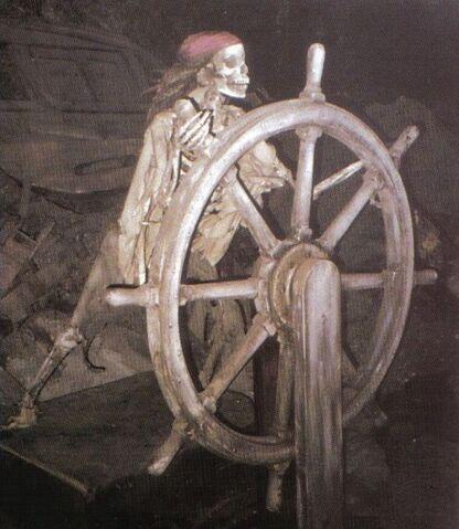 File:Helmsman skeleton.jpg