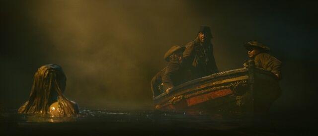 File:QARcrewlongboatpromo6.jpg