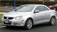 250px-2007-2011 Volkswagen Eos -- 03-30-2011 2