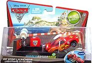 Lightning mcqueen with racing wheels cars 2 pit row launcher