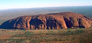 256px-Uluru (Helicopter view)-crop