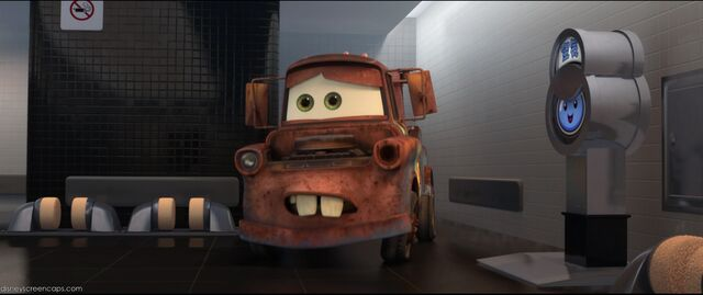 File:Cars2-disneyscreencaps.com-3064.jpg