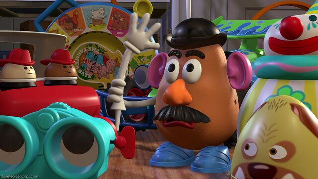 File:Mr. Potato Head and others.jpg