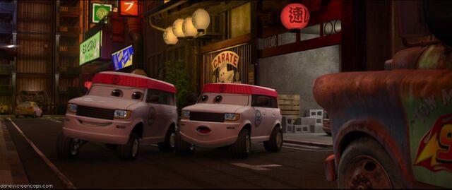 File:Cars2-disneyscreencaps.com-4708.jpg