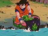 Son Gokū ratuje Piccolo przed Cellem.jpg