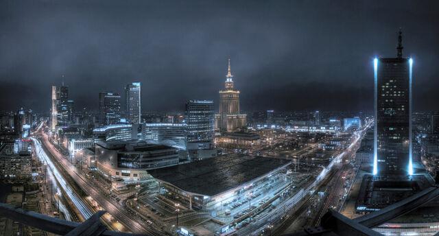 Plik:Slider Warszawa Wiki.jpg