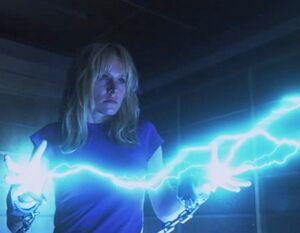 Elle Lightning