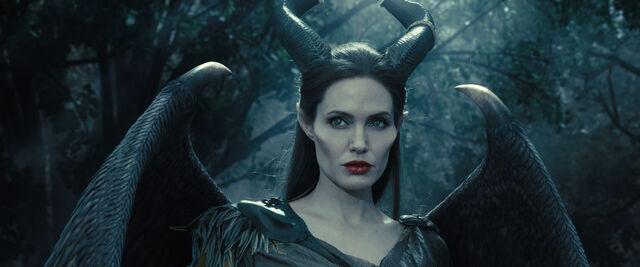 File:Maleficent-(2014)-59.jpg