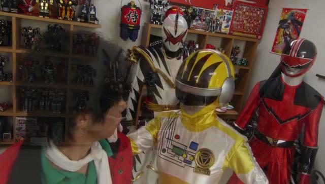 File:Akibaranger in Dead Sentai.png