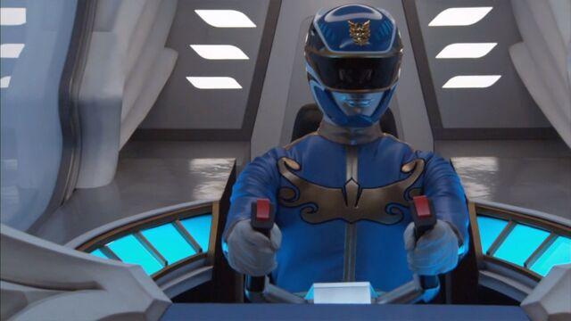 File:GGMcockpit-blue.jpg