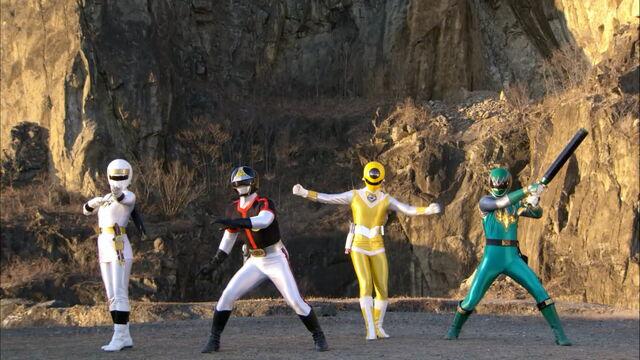 File:Gokai Change-ninja.jpg