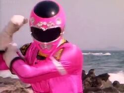 Gekisou Sentai Carranger, Pink Racer 01