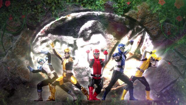 File:Dōbutsu Sentai Go-Busters.jpg