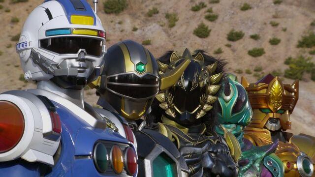File:5 Bangai Heroes.jpg