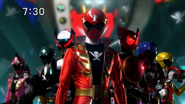 File:Gokaigers with OOO & Birth.jpg