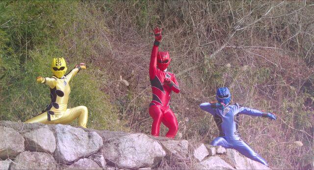 File:Gekiranger (Super Hero Taisen Z).jpg